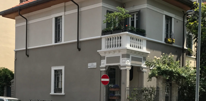 Ristrutturazione facciata e recupero sottotetto - Milano